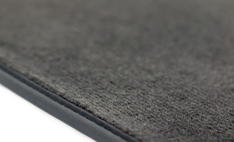 Urejen izgled notranjosti s pomočjo tekstilnih tepihov Withcar